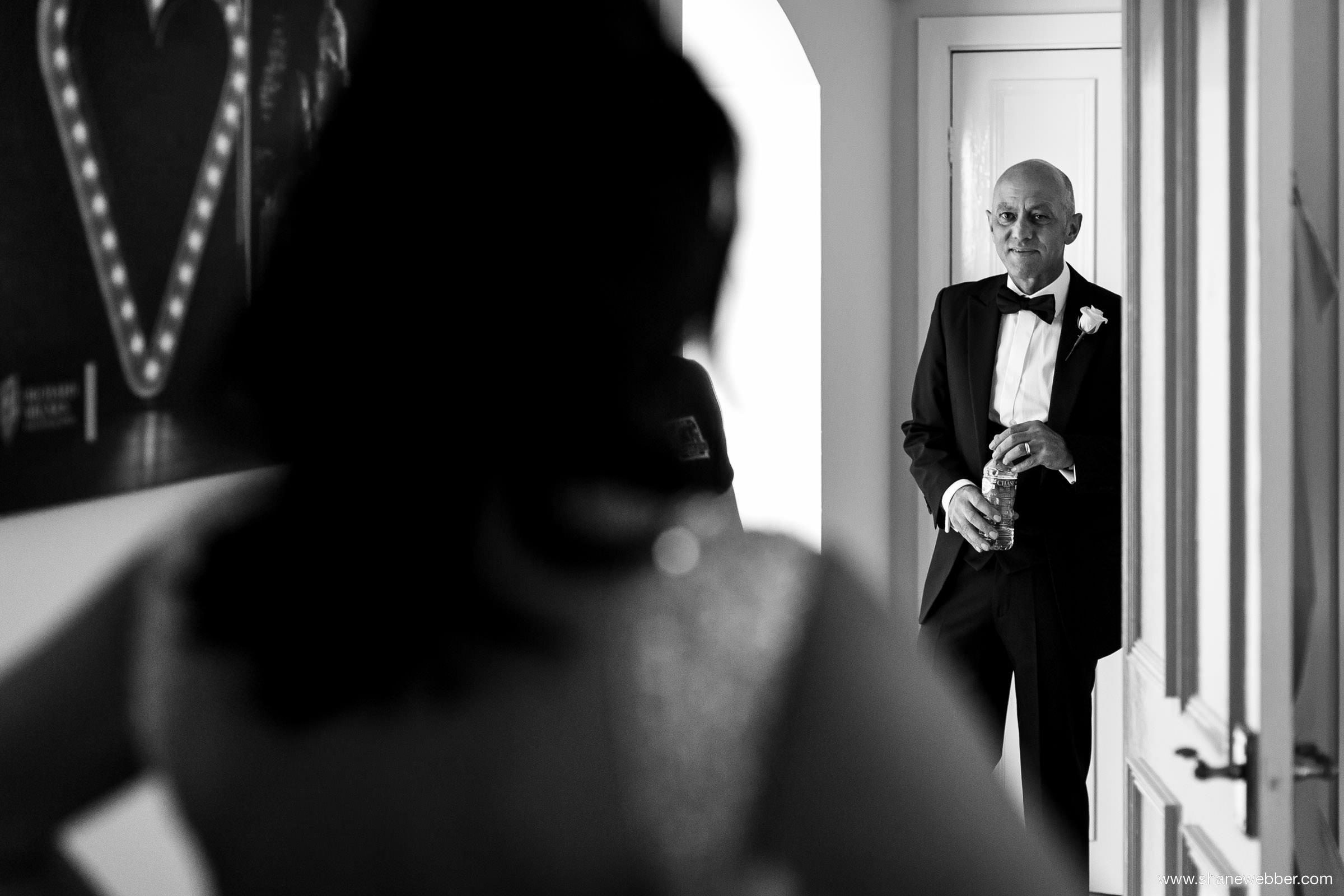 Bride's Dad seeing his daughter