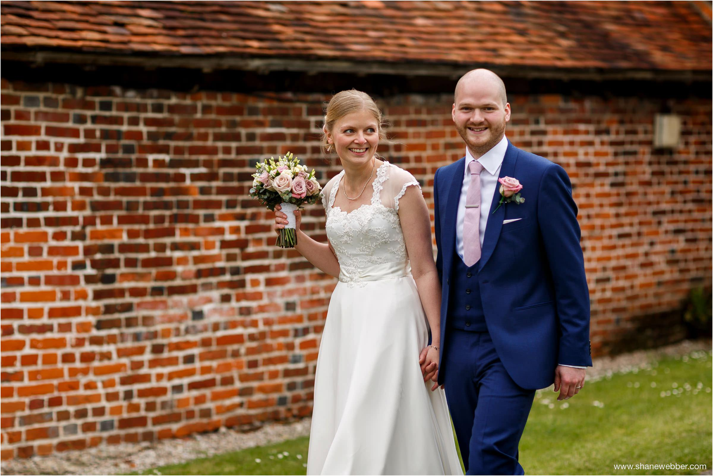 Bride and groom photos at Ufton Court