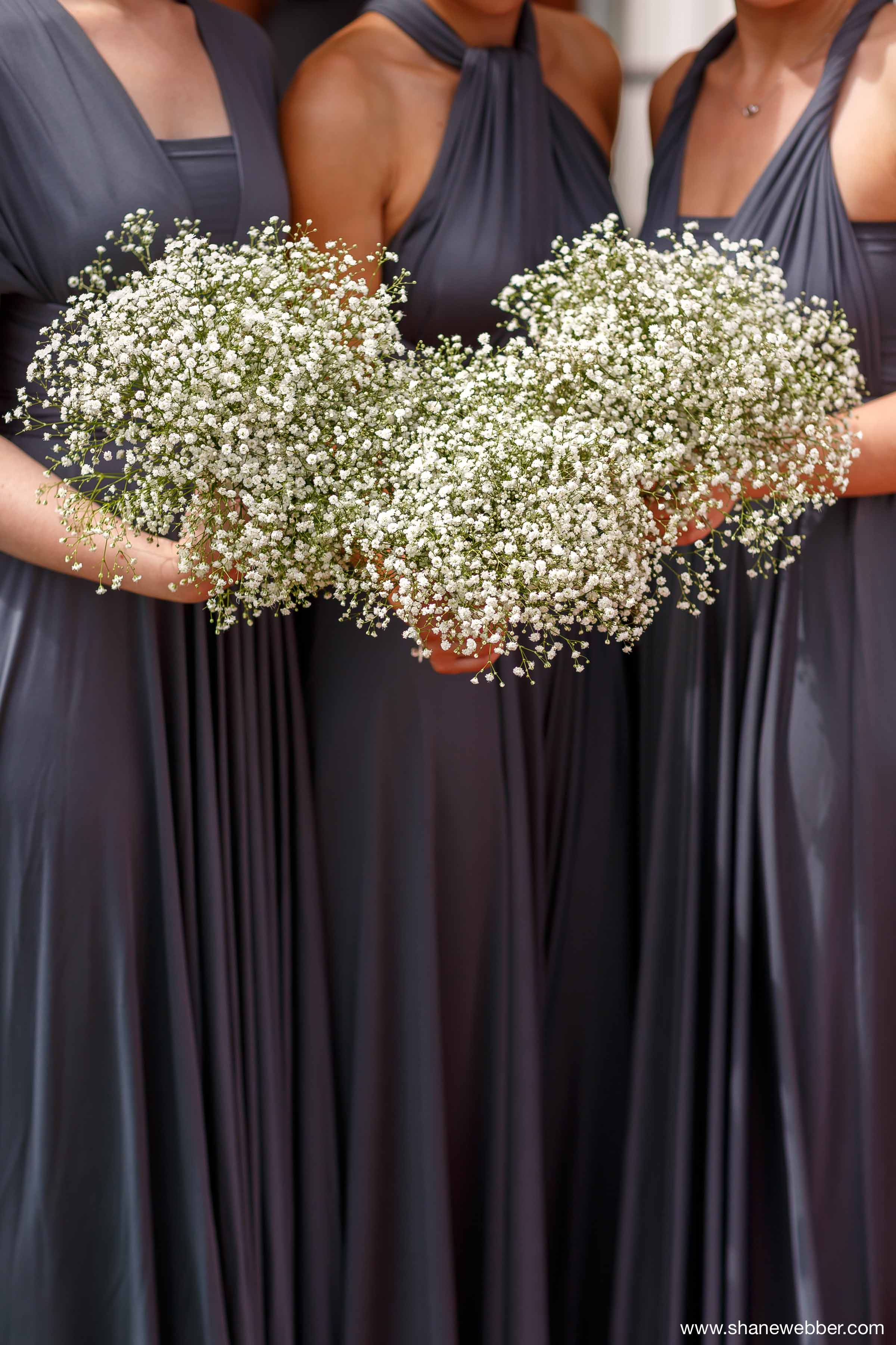 Bridesmaids white bouquets