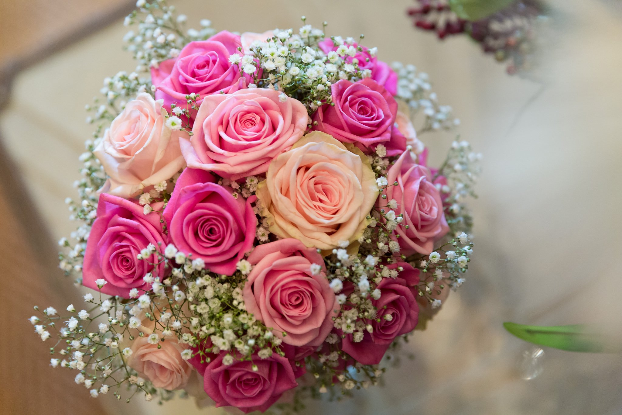 Bride's bouquet with light pink roses