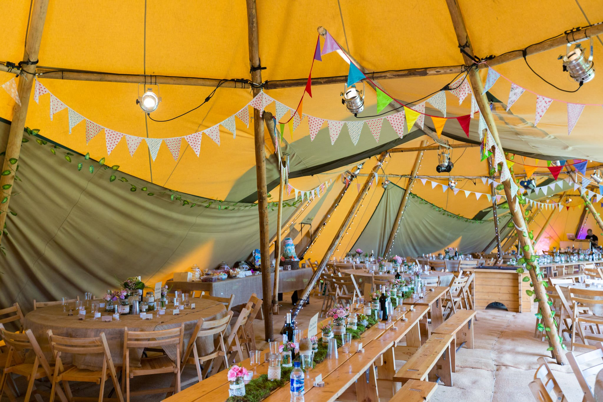 Tipi-Wedding-Photography-Cheshire-Photographer-20140913--10012