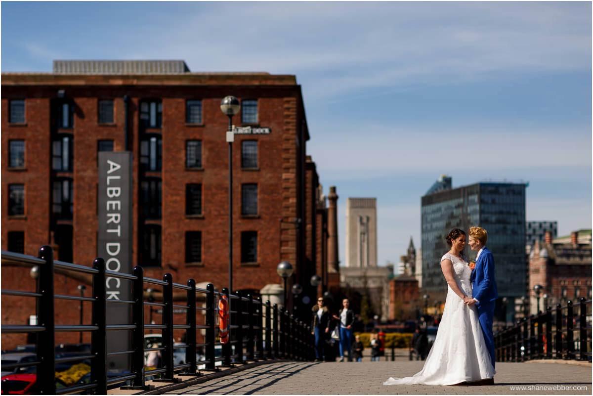 Albert dock Liverpool wedding photo