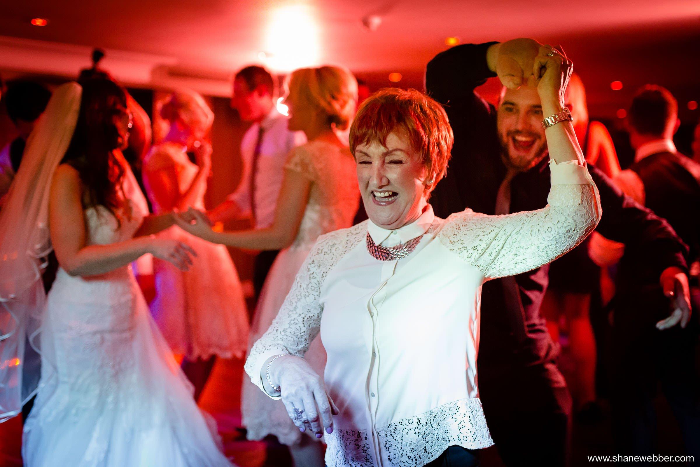 Dancing photos at wedding