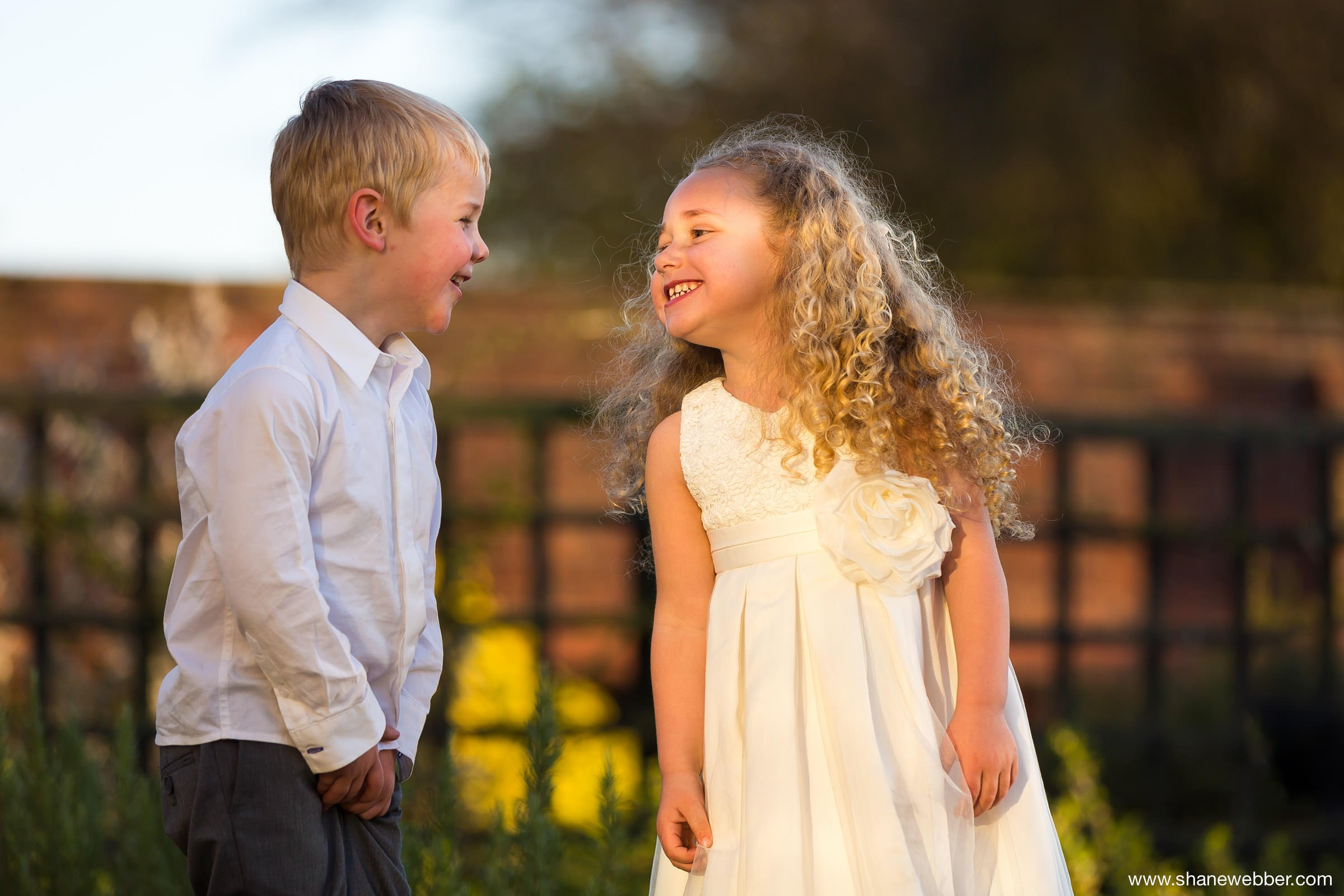 Natural Wedding Photo of Kids