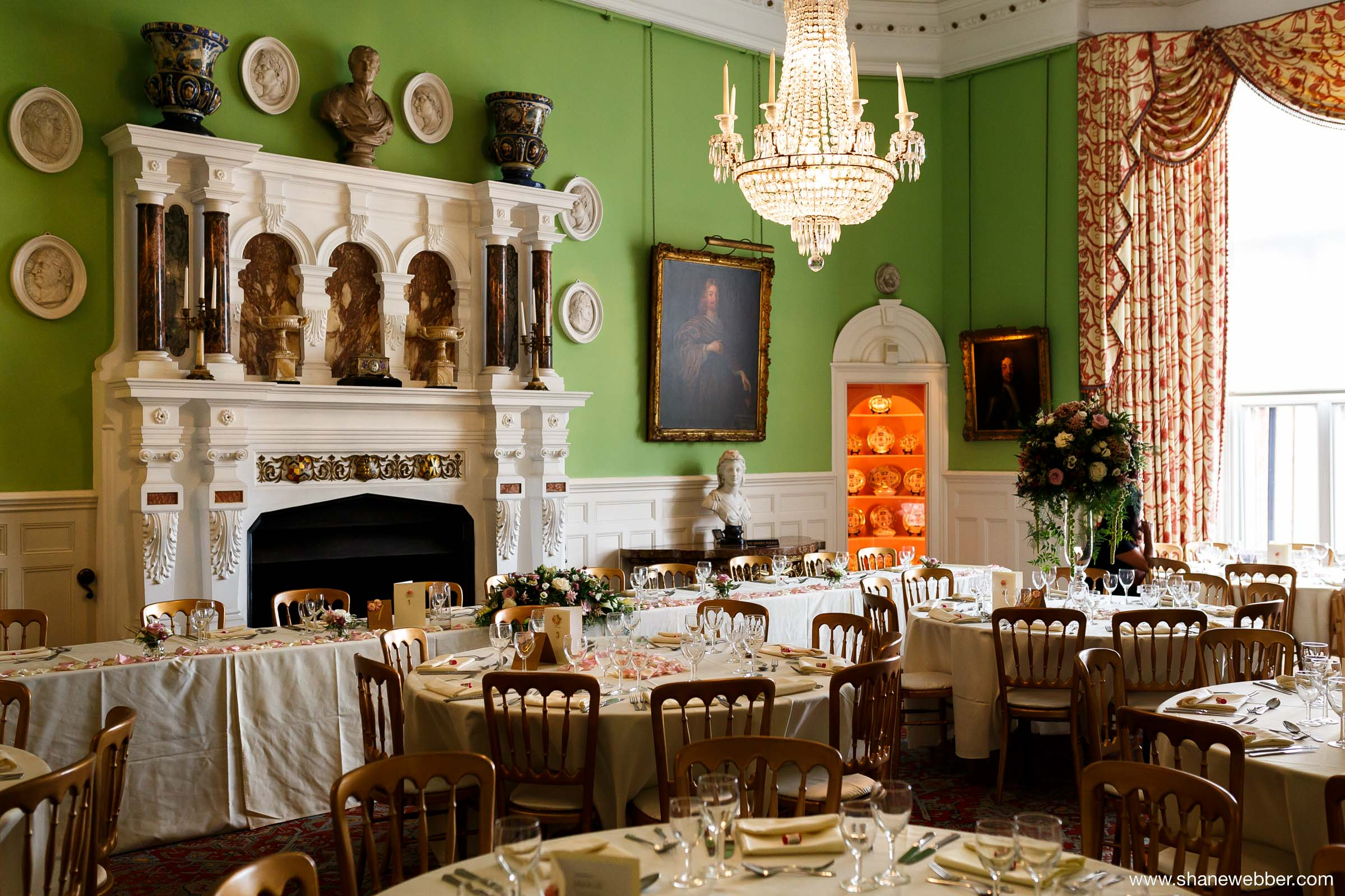 Capesthorne Hall dining room
