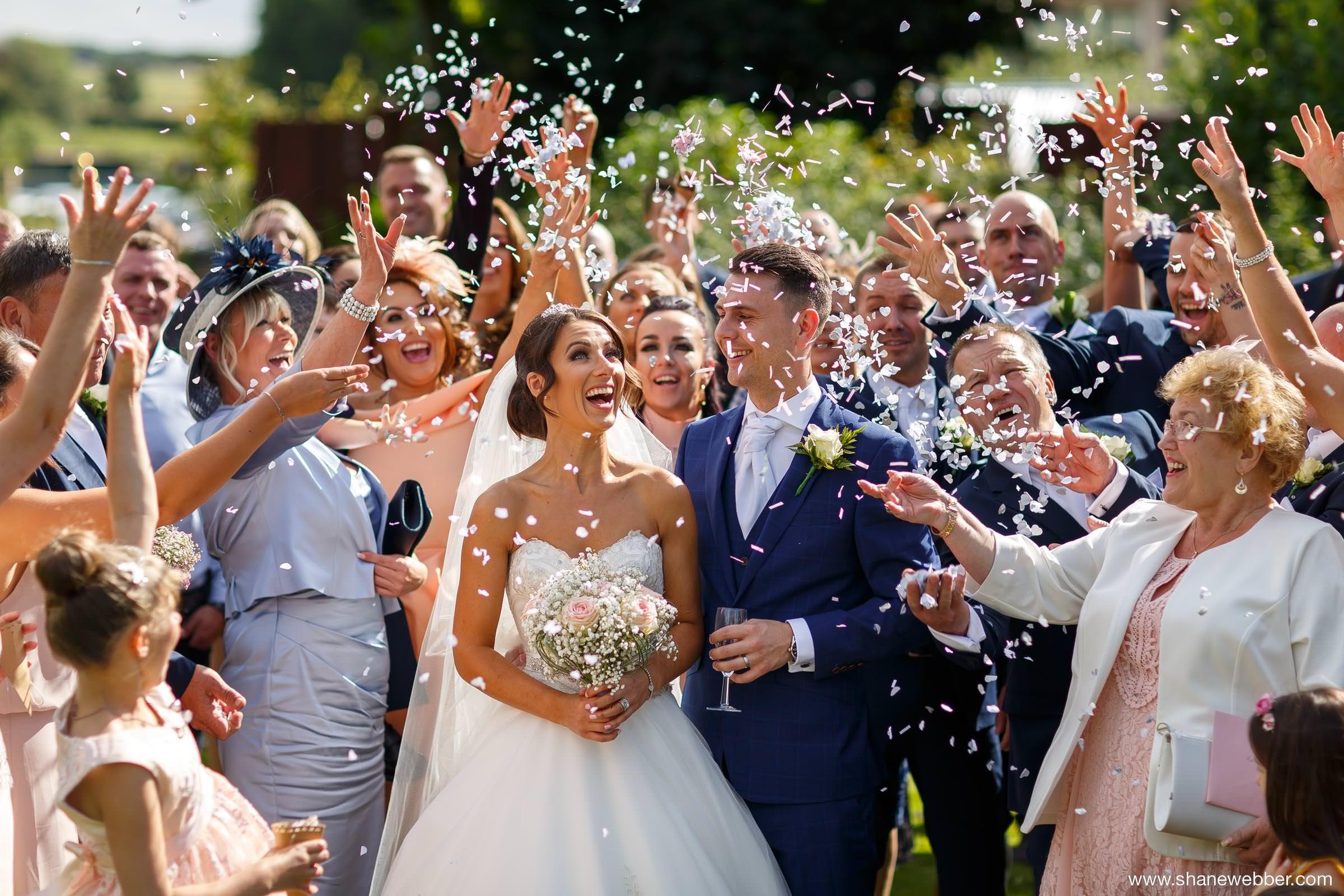 Best Confetti Wedding Photos Of 2016