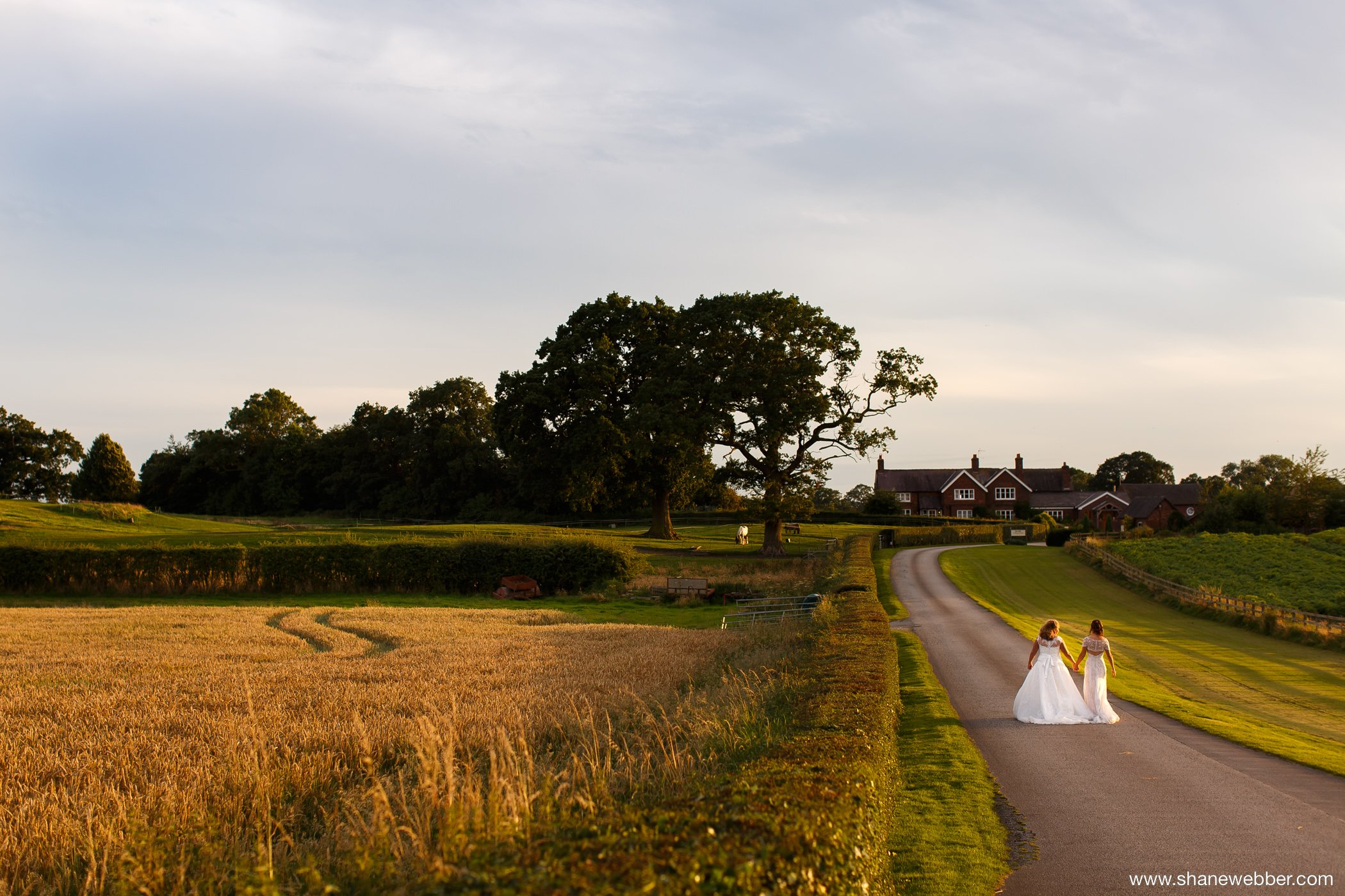 Sunset wedding photography at Sandhole Oak Barn