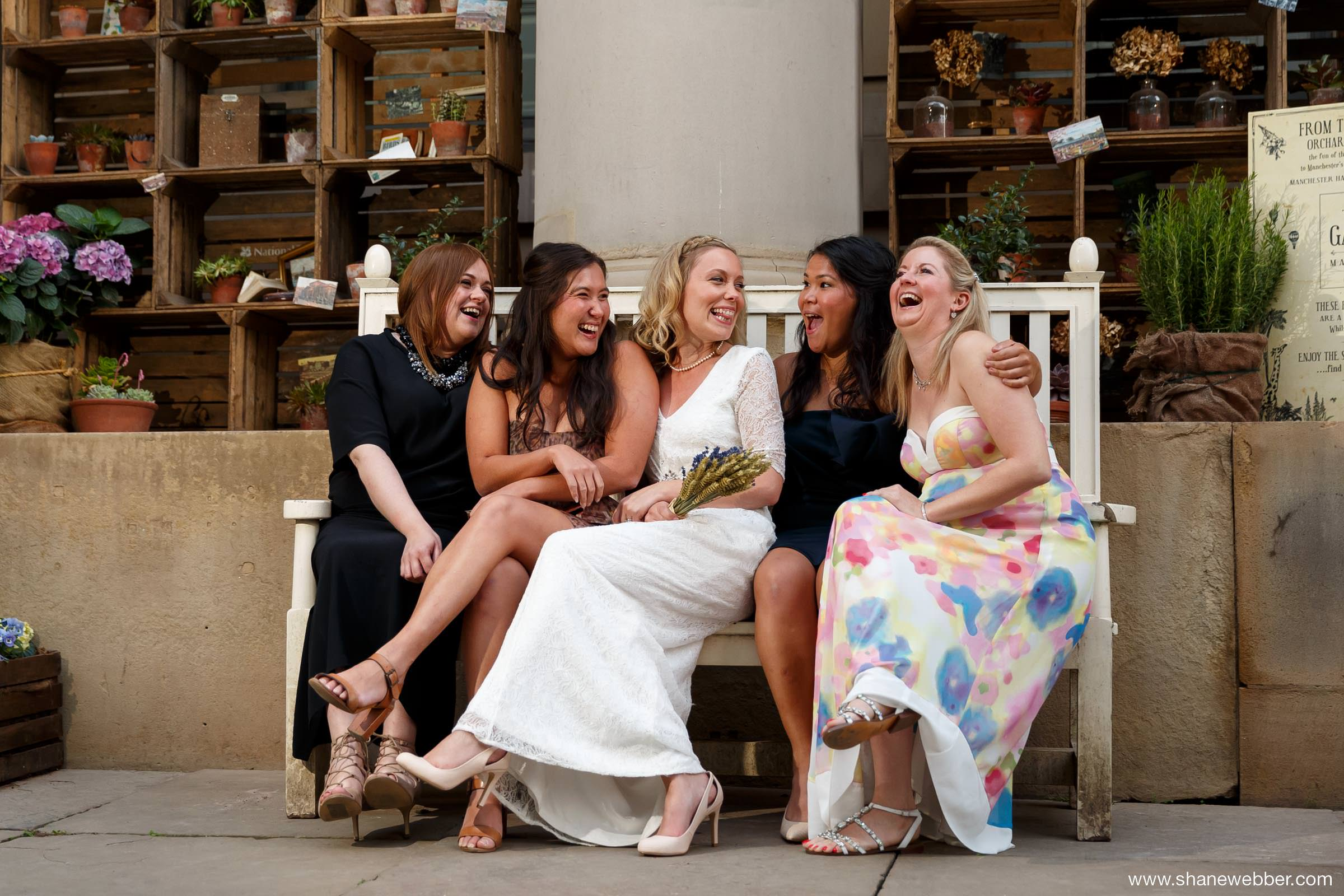 Manchester Art Gallery summer wedding pictures