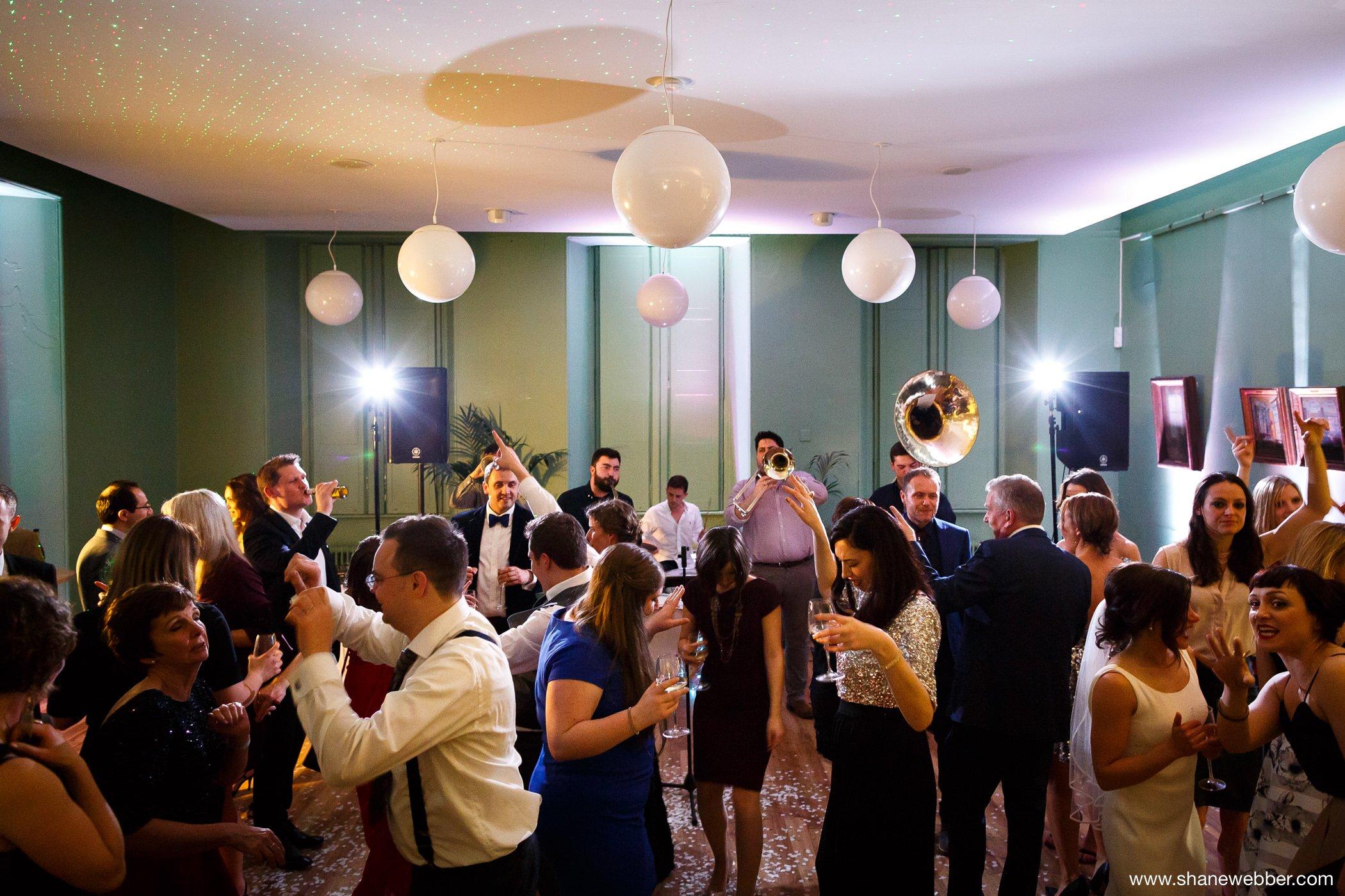 Manchester Art Gallery wedding photos