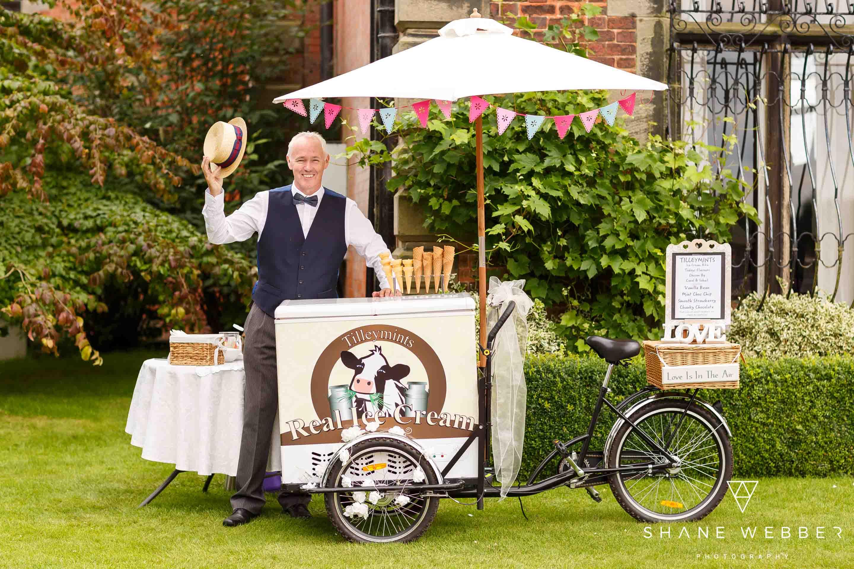 wedding ice cream bike