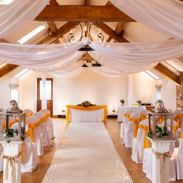 Colshaw Hall: Sandhole Oak Barn