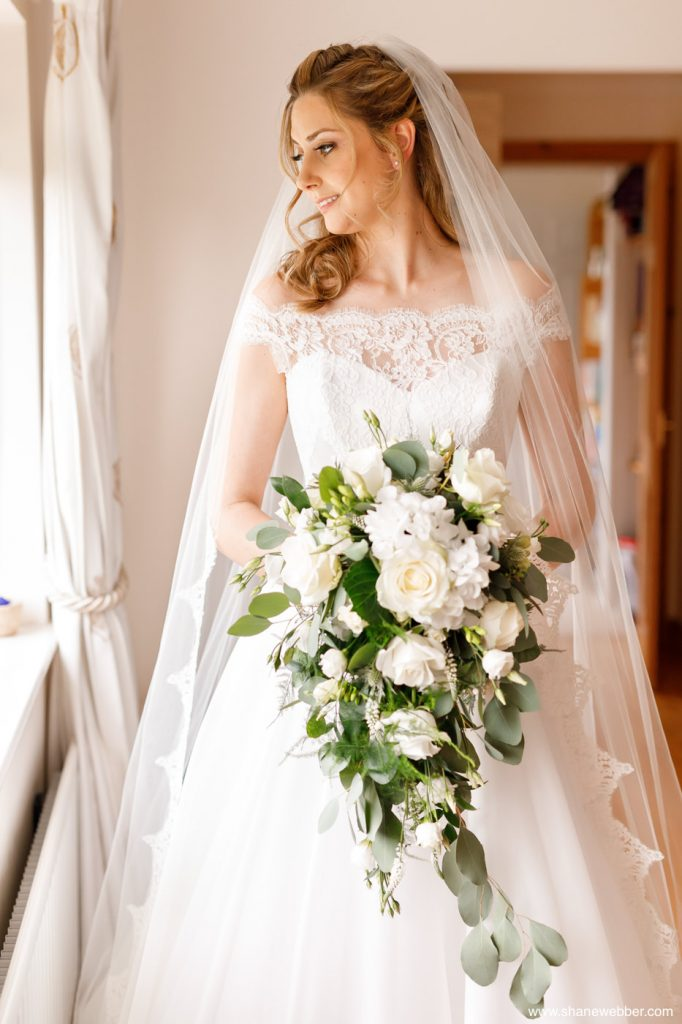bridal portrait beeston manor