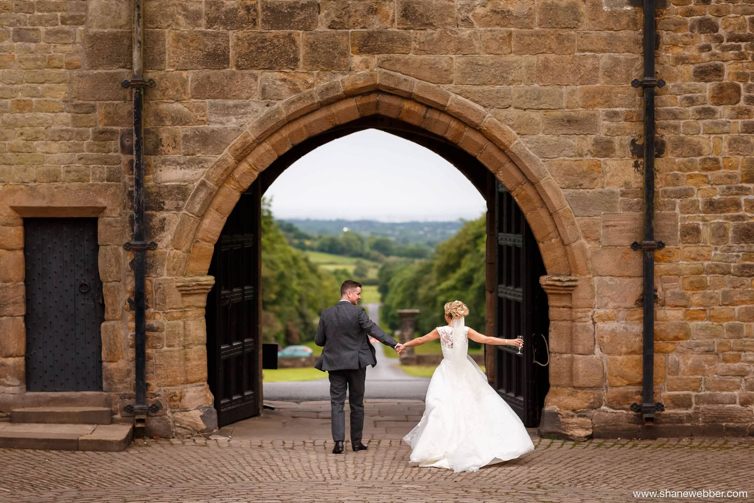 Hoghton Tower summer wedding photography