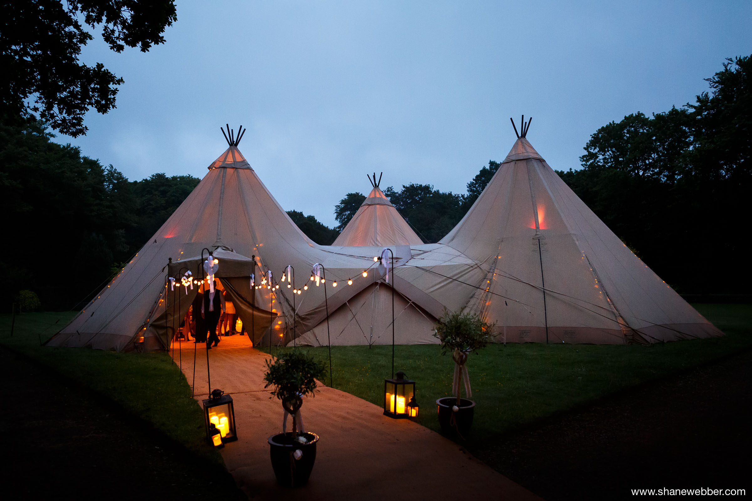 Tipi wedding photography
