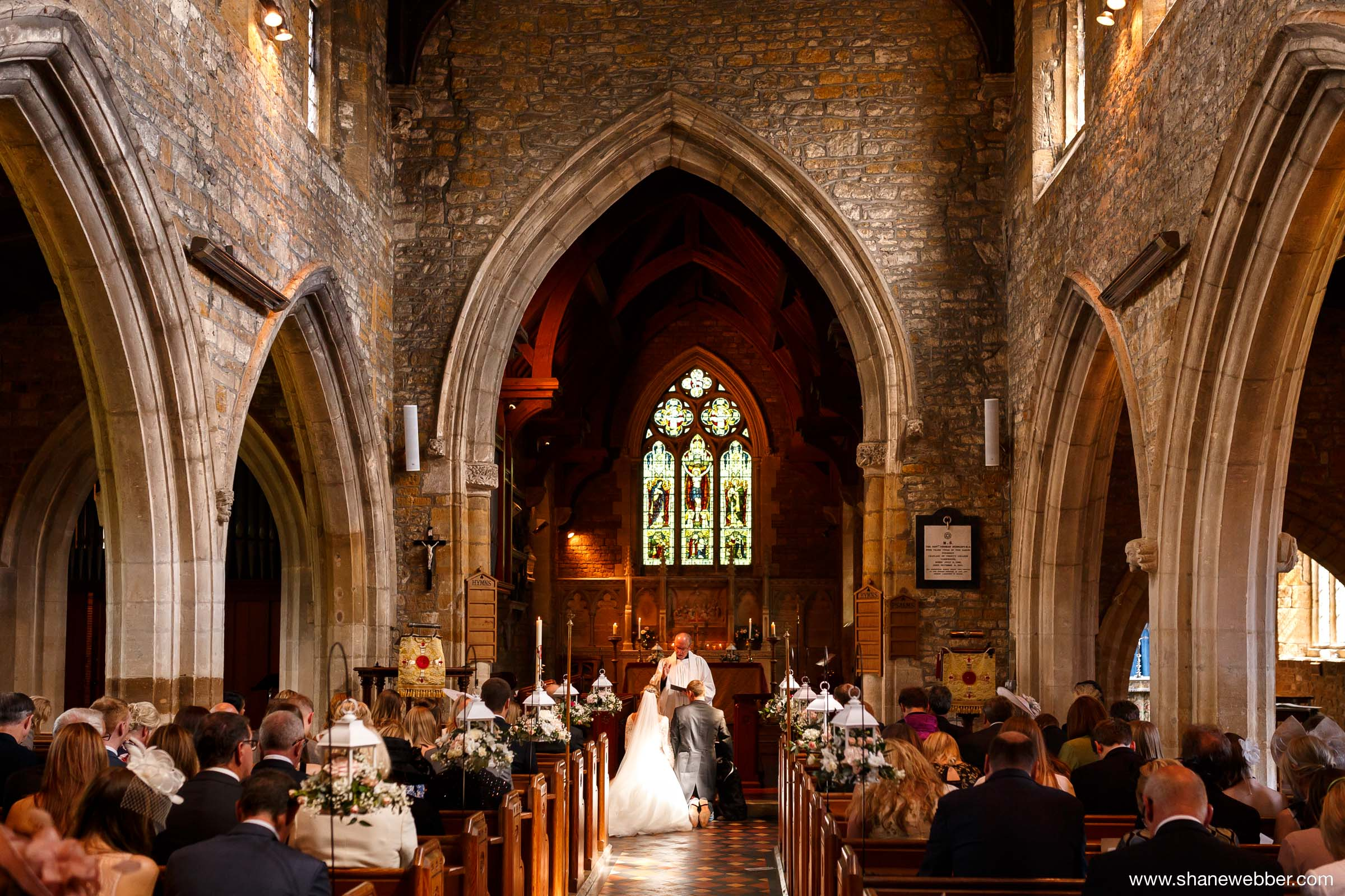 Traditional church wedding photos