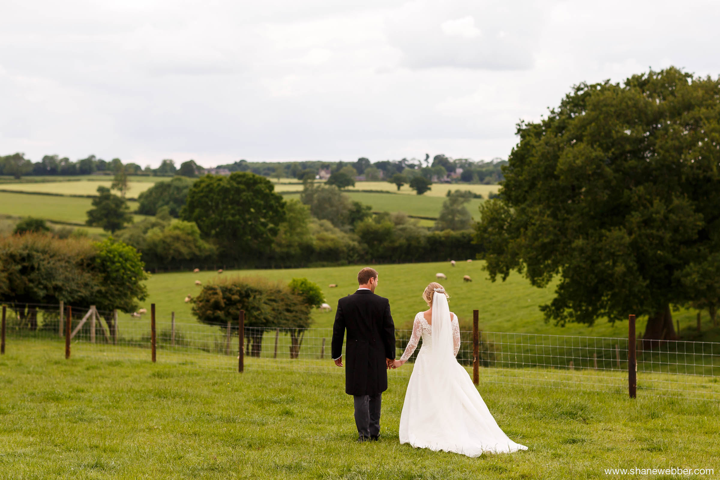 farm wedding photos