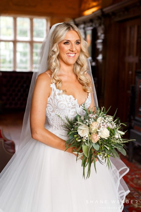 cheshire wedding photographer bride dorfold hall