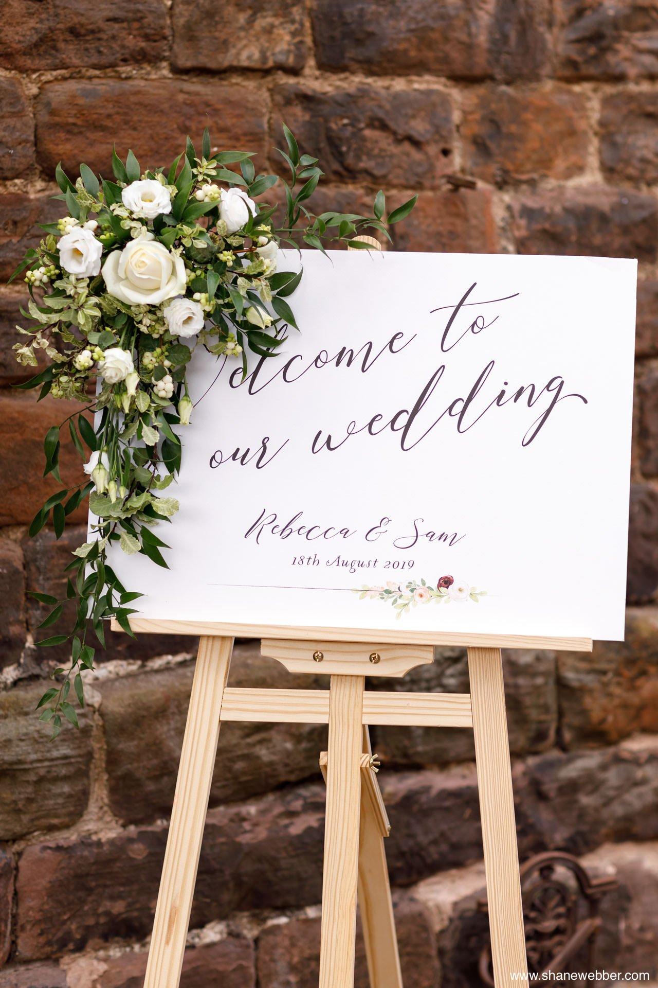the ashes barns wedding decor