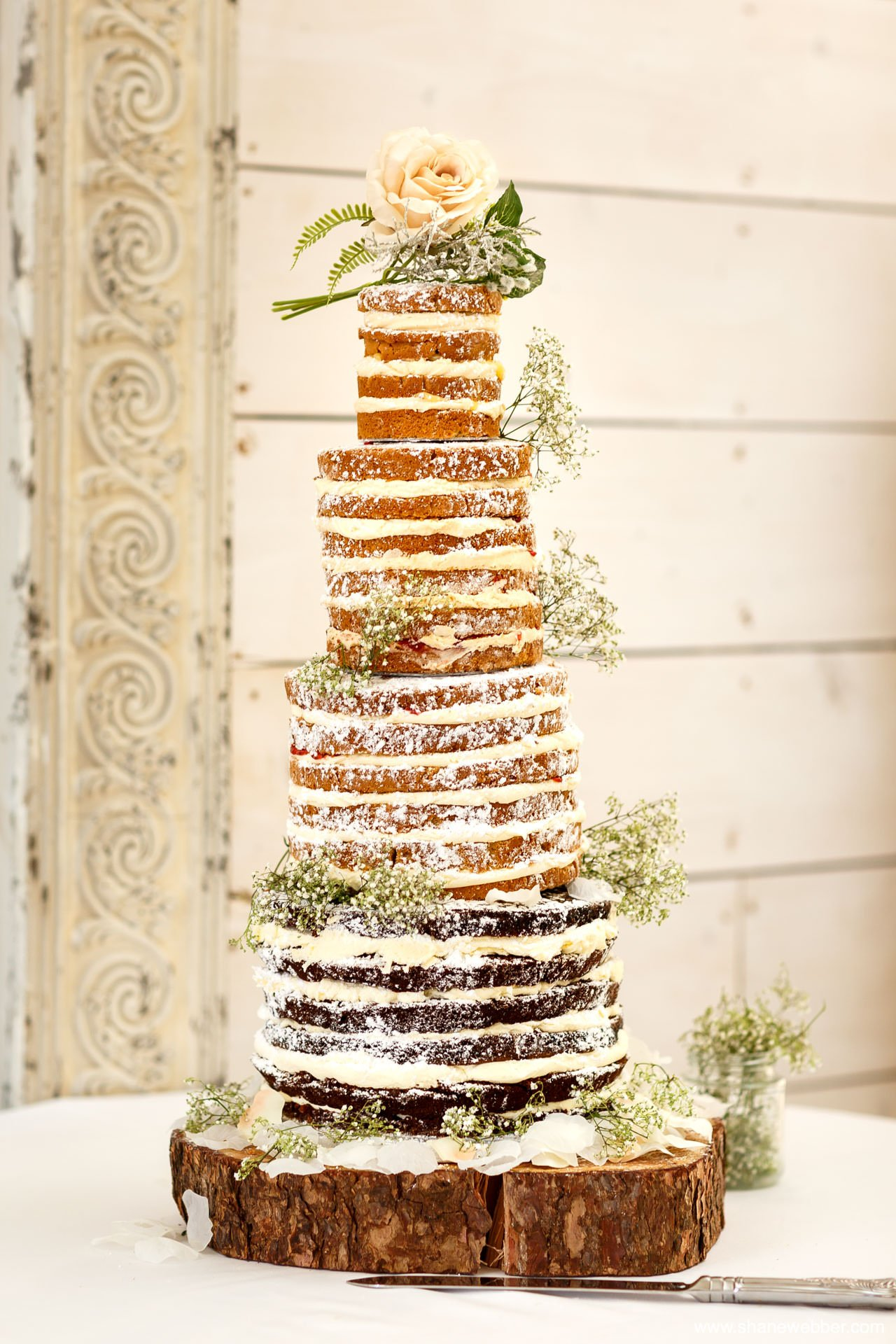 Naked wedding cake picture