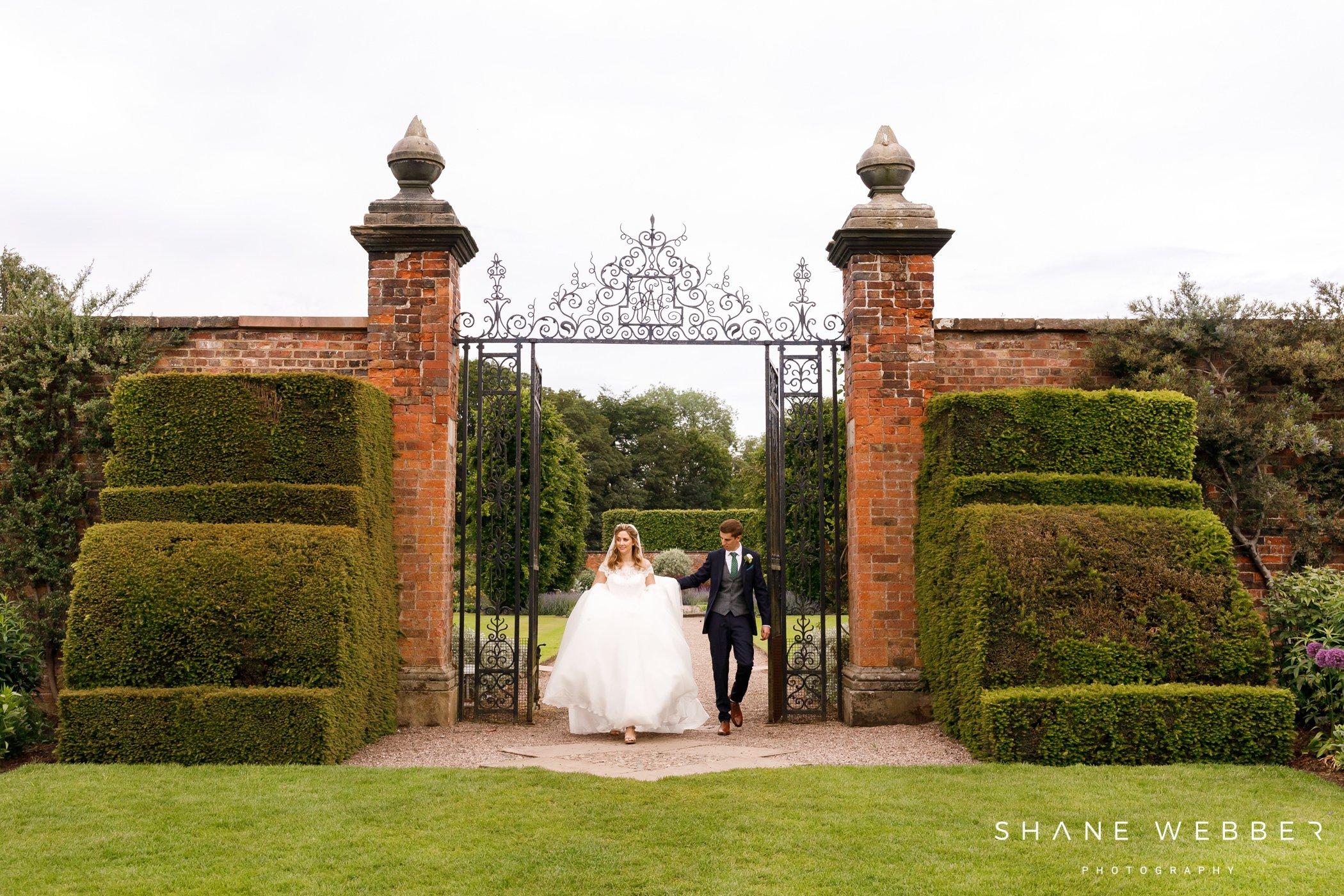 top cheshire wedding photographers