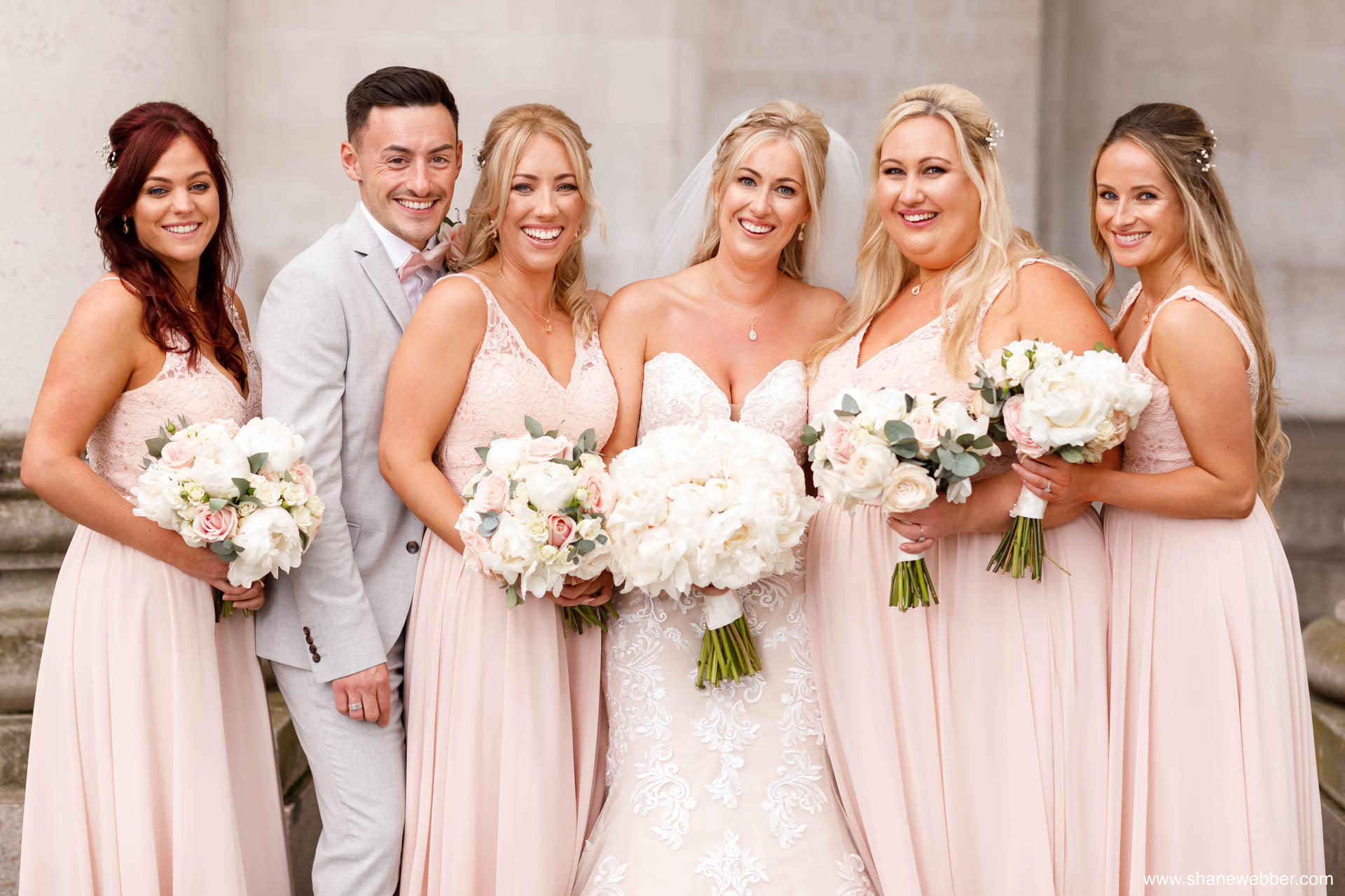 modern bridal party photography