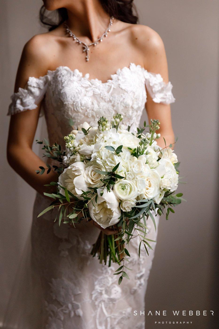 bridal preparation portait