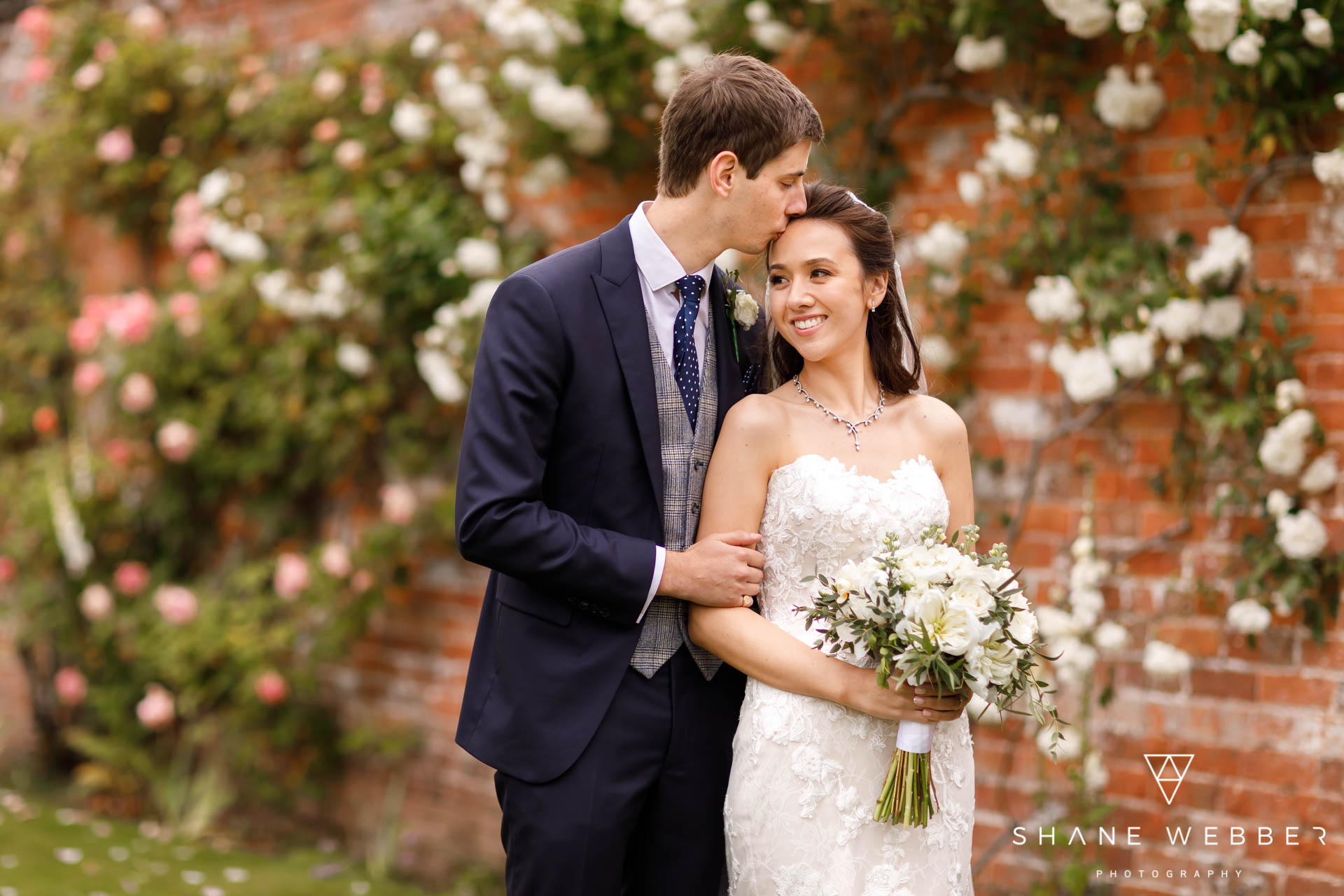 Wedding planning practical tips