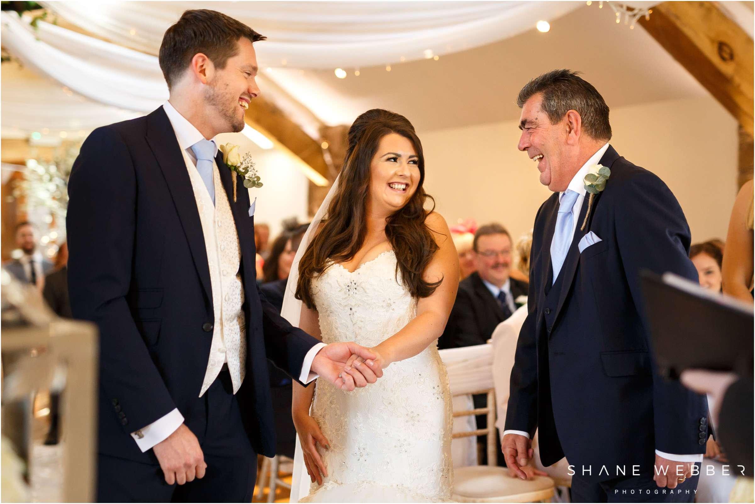 bright and natural wedding photography