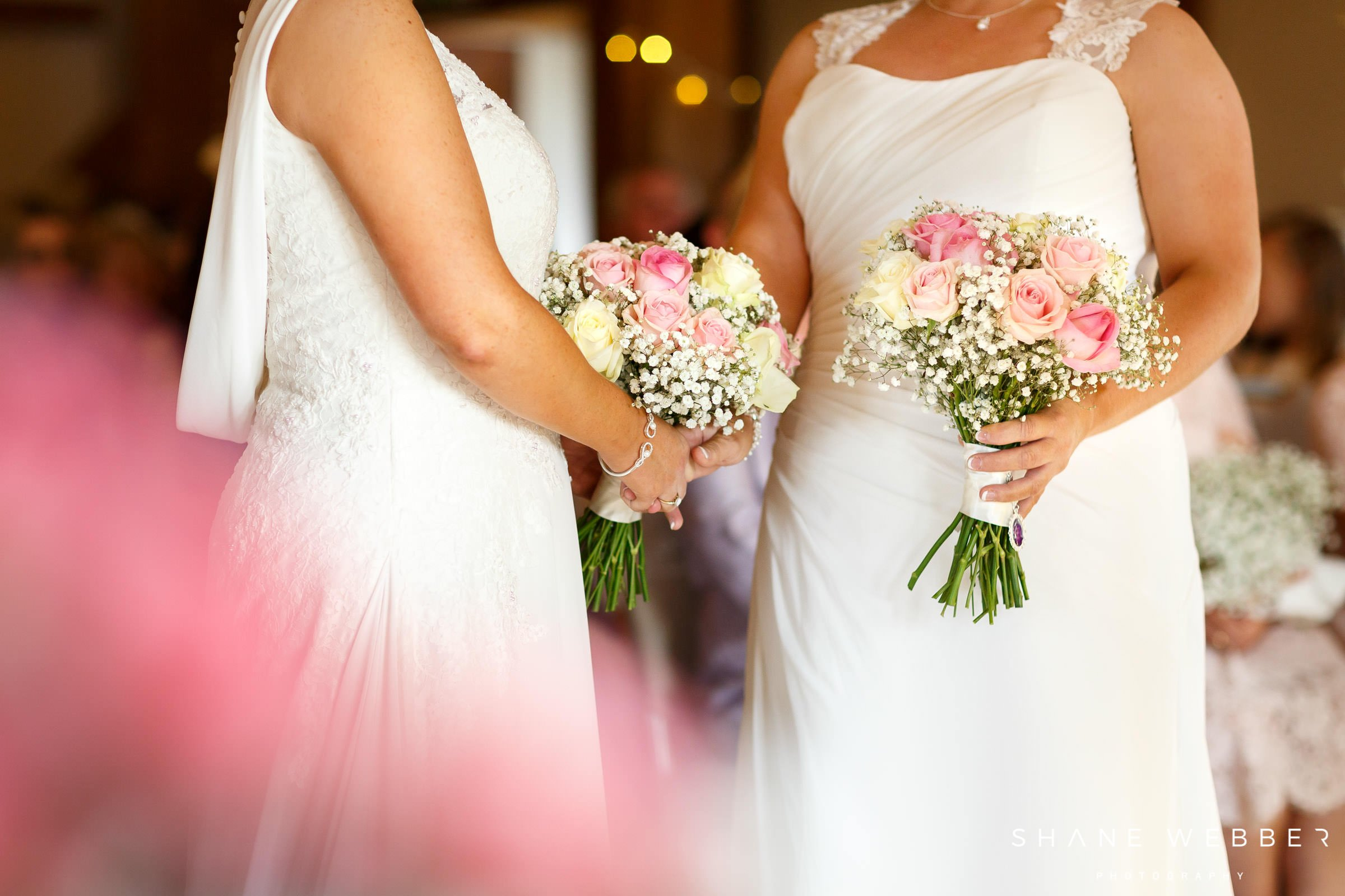 simple pink wedding flowers