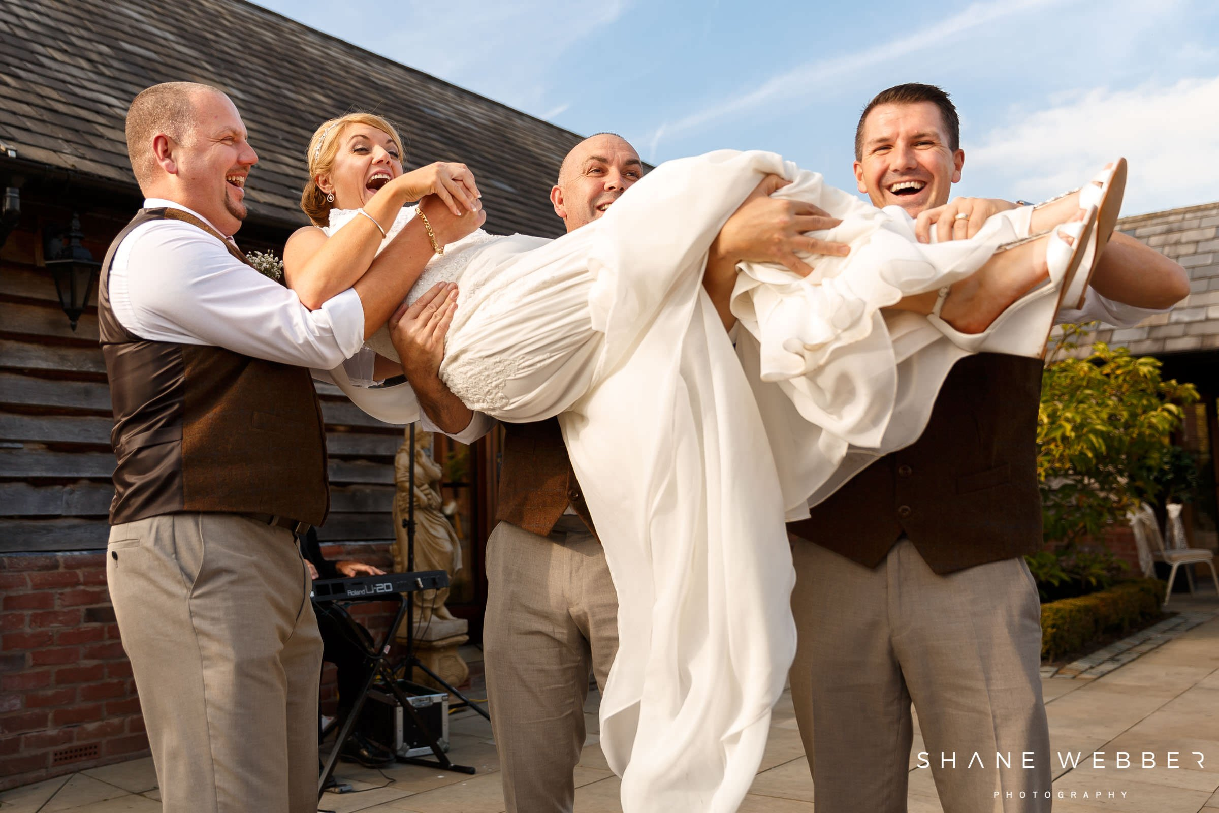 silly wedding photos
