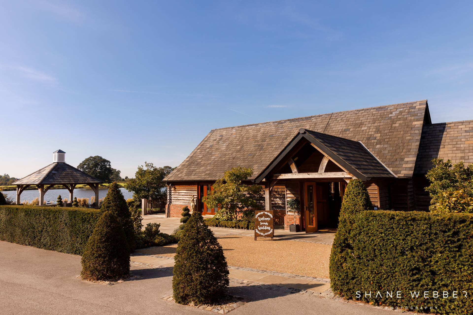 sandhole oak barn cheshire weddings
