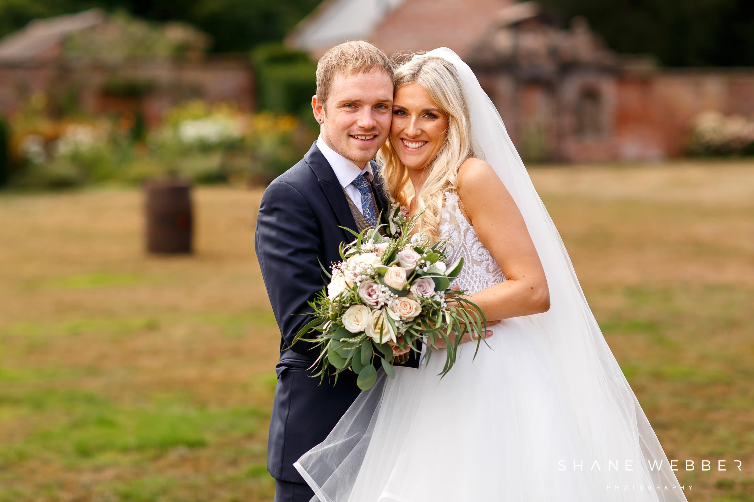 Dorfold Hall summer wedding