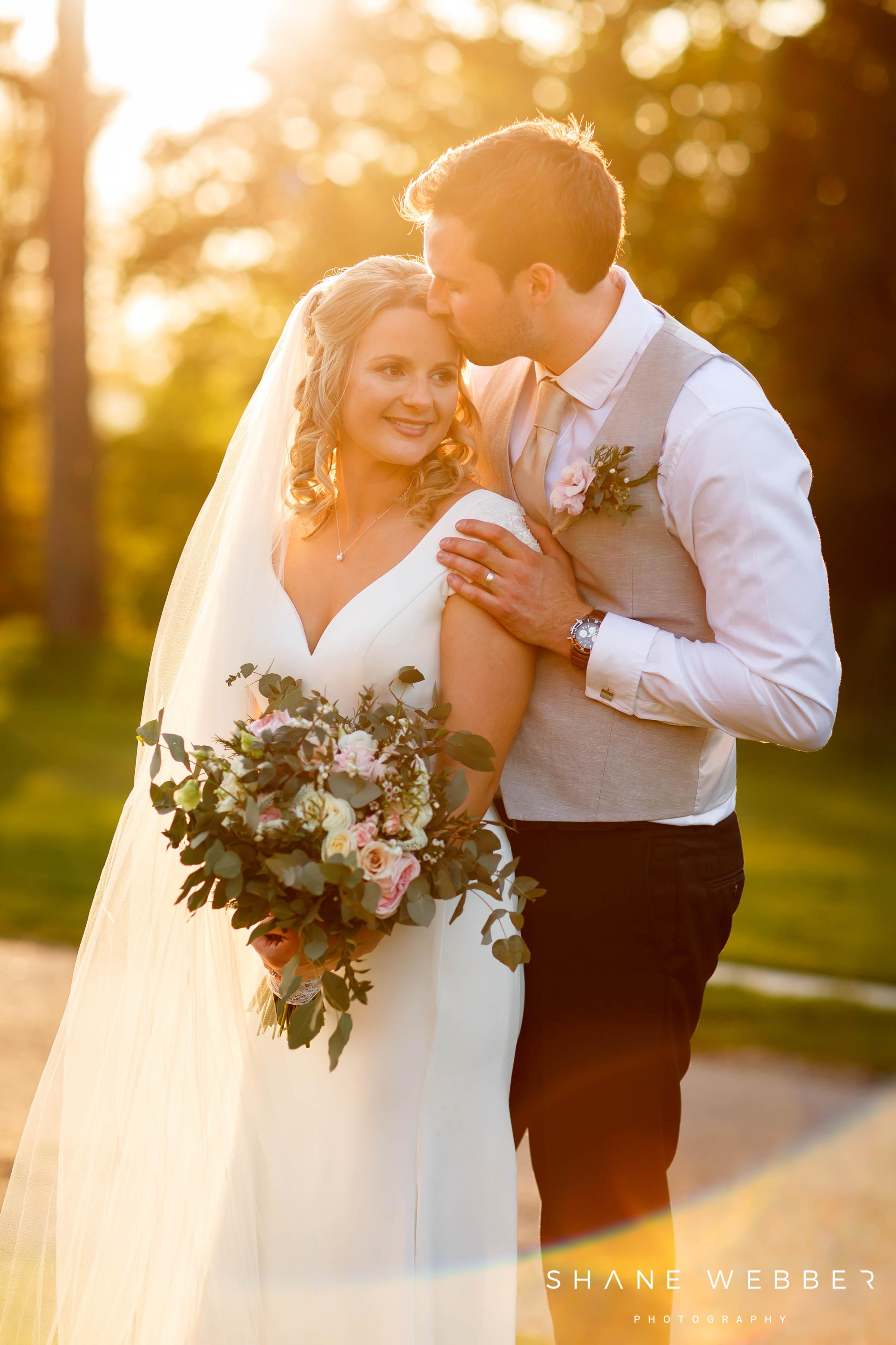 golden sunset wedding photography