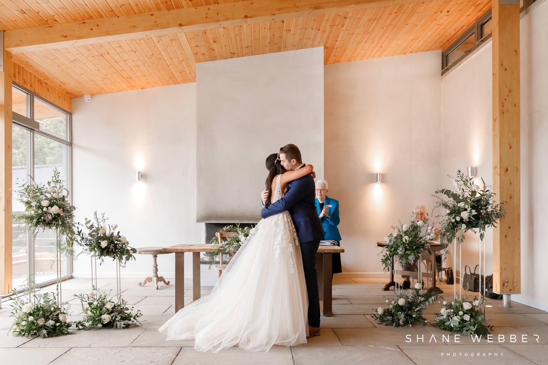 Ceremony wedding photos at Thorpe Gardens
